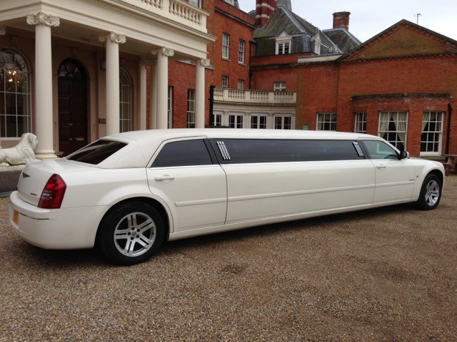 Chrysler Limo Hire London In The Chrysler Baby Bentley