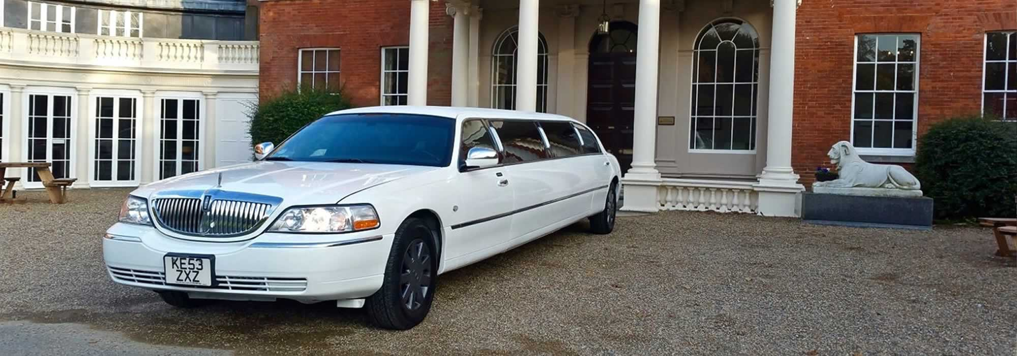 Lincoln Town Car Limo Hire Limousines In London